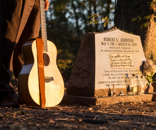 Robert Johnson's Grave in Greenwood, MS